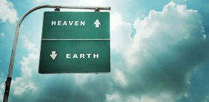dunia dan akhirat adalah kehidupan yang harus dilalui oleh manusia